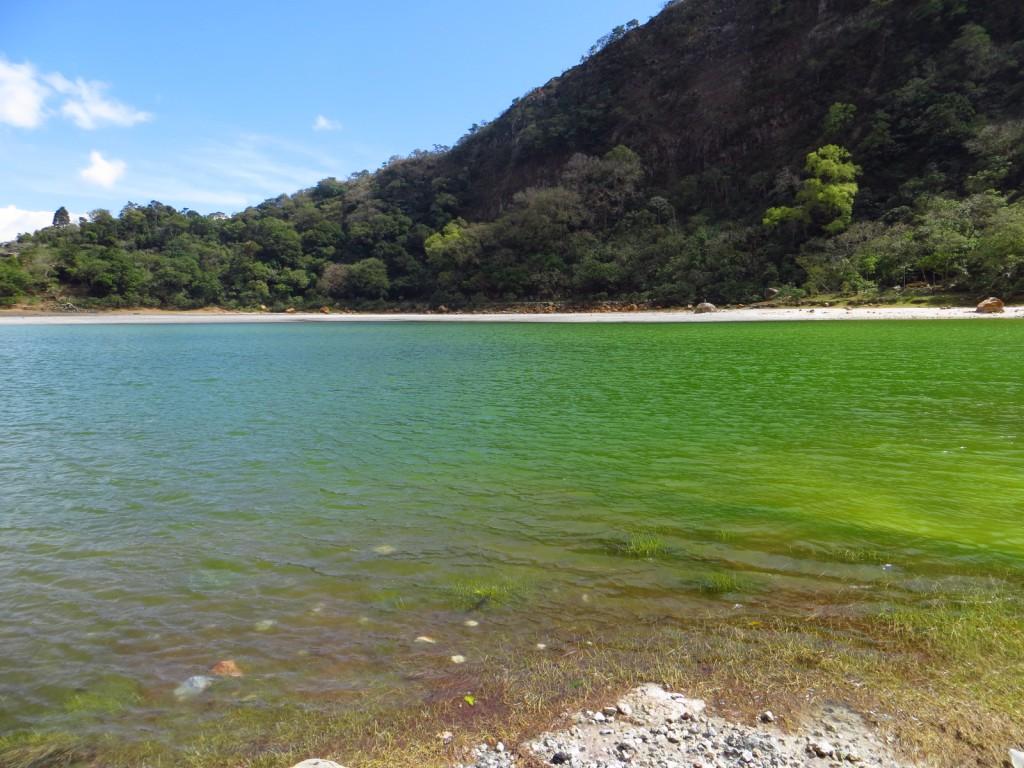 De prachtige kleuren van Laguna de Alegria