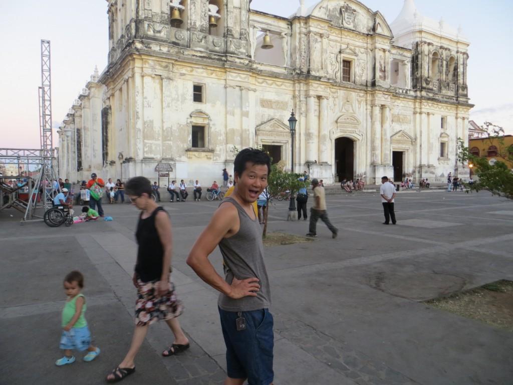 Victor en een mooie kerk in Léon
