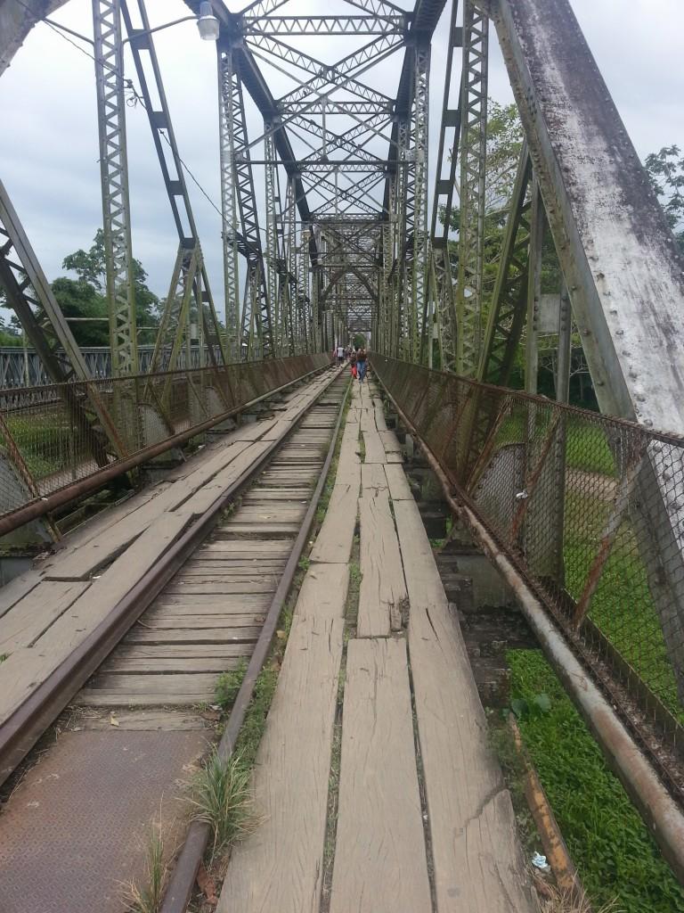 Oude spoorwegovergang die dient als de scheiding tussen Costa Rica en Panama.