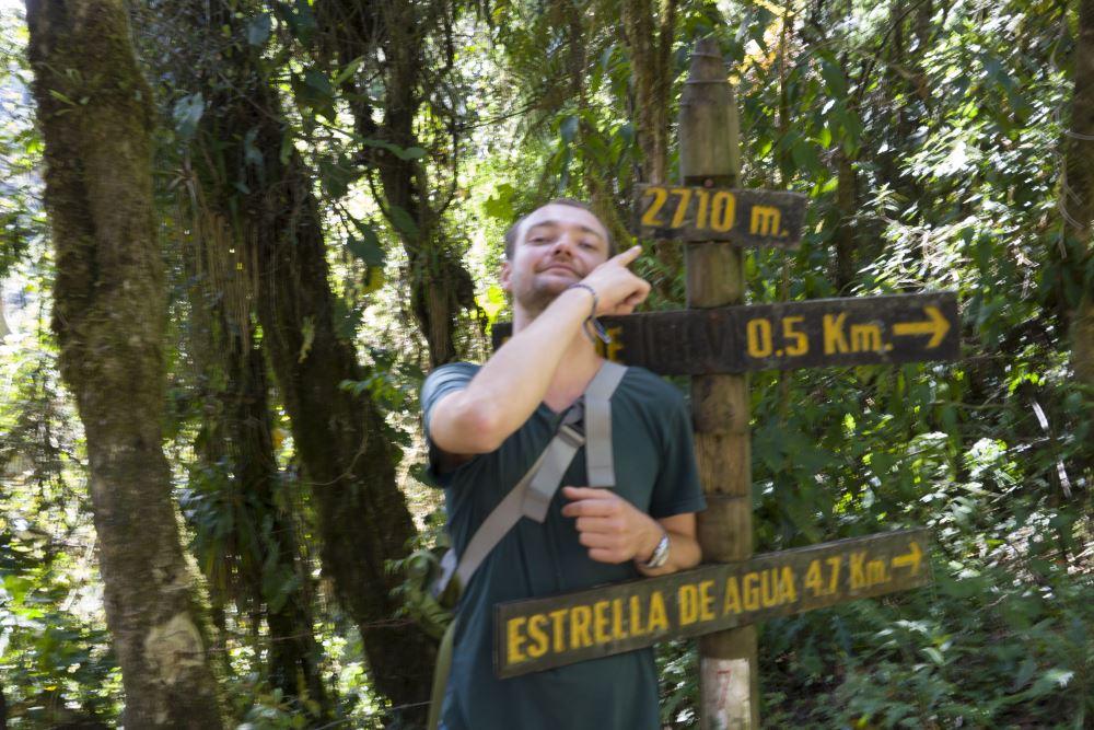 Klimmen doet u tot beperkte hoogte. Slechts 2710m.