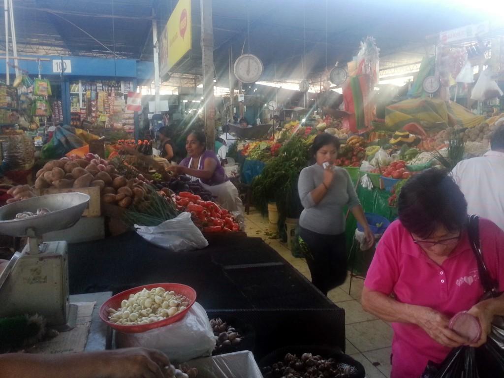 De heksenmarkt in Chiclayo. Zijn dit de heksen?