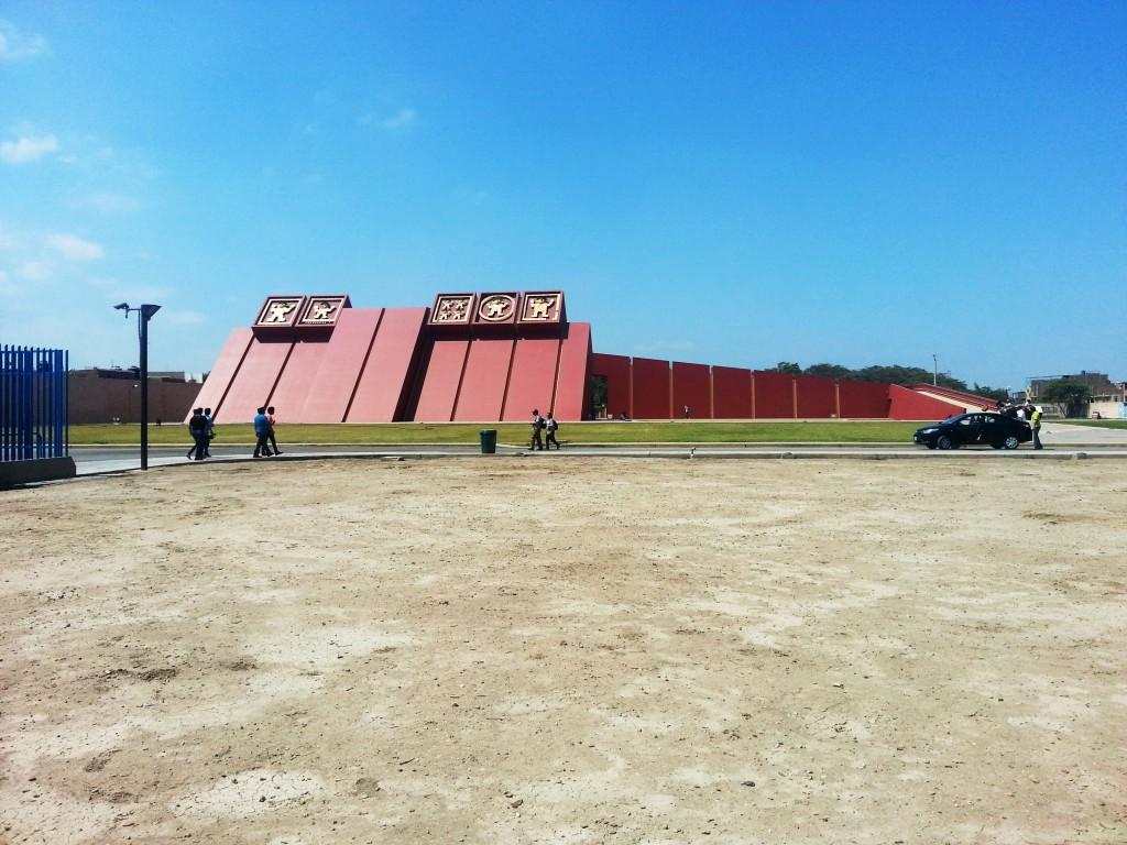 Het Sipan museum. De enige foto die ik mocht maken voor ik mijn telefoon moest inleveren.