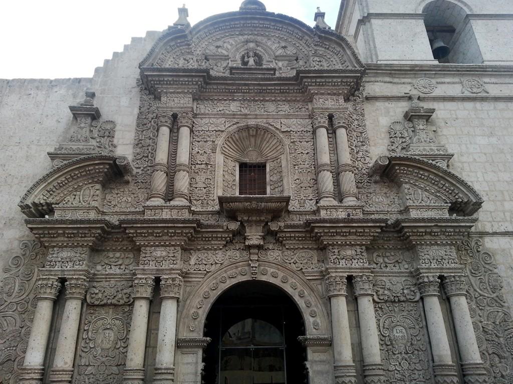 Ook Arequipa is een oude (koloniale) stad. Dat geeft de stad veel sfeer.