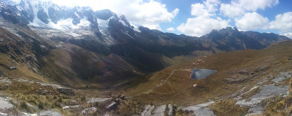 Eén van de vele panorama foto's die ik heb genomen tijdens de trek. Geeft toch een mooi beeld van mijn uitzicht.